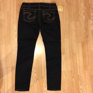 Silver Brand Aiko Skinny Jeans Dark Wash NWT 32/31